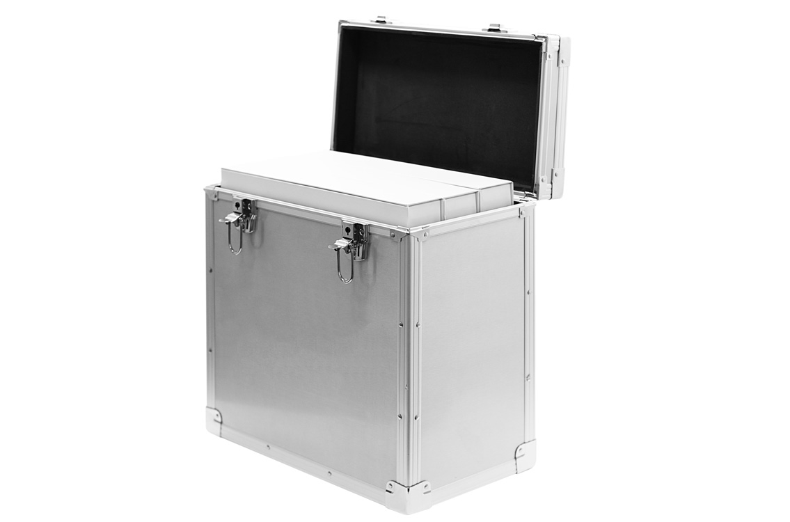aluminum-sample-box-with-3-boxes